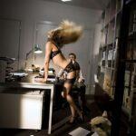 1311272291_sexy-secretaries-11.jpg